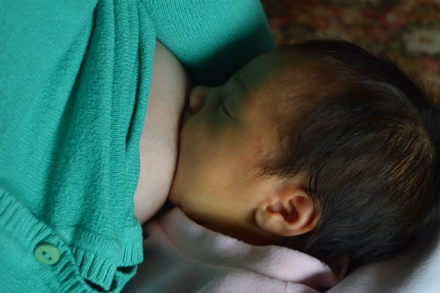 lactancia materna apoyada por dueños de Corporativo Kosmos